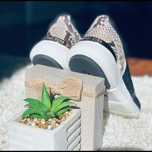 Michael Kors sneakers 💕